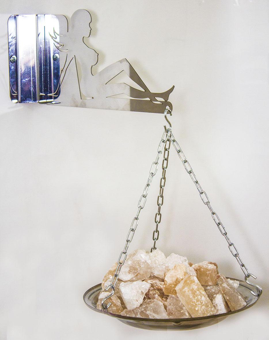 Испаритель для бани настенный «Девушка» с гималайской солью